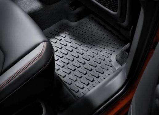 galeria 1 Jogo de Tapetes de Borracha Traseiro Audi Q3