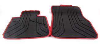 Tapete de Borracha dianteiro e traseiro Série 3 F30 ( Com bordas vermelha)