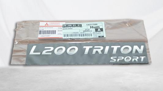 Emblema L200 Triton Sport