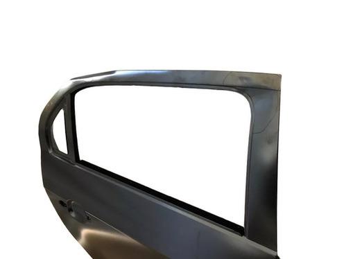 Porta Traseira Lado Direito Vw - Volkswagen Gol Voyage 5U4833056DGRU