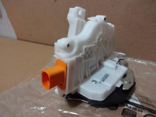 Fechadura Porta Dianteira Lado Motorista Novo Gol G5 09/13 5U1837015AE