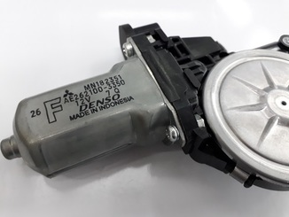 Motor, regulador vidro janela - L200 Triton