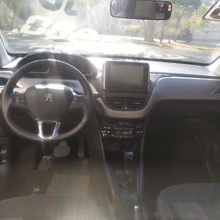 Peugeot 208 1.6 Griffe 16V