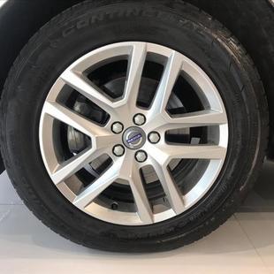 Volvo XC60 2.4 D5 Momentum AWD