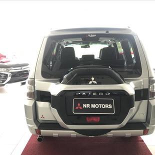 Thumb large comprar pajero full 3 2 hpe 4x4 16v turbo intercooler 2016 461 057005db7f