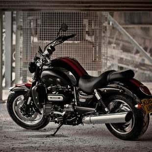 Thumb large 2017 triumph rocket iii roadster1 97a8aae457