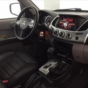 Mitsubishi L200 OUTDOOR 3.2 4X4 CD 16V Turbo Intercooler