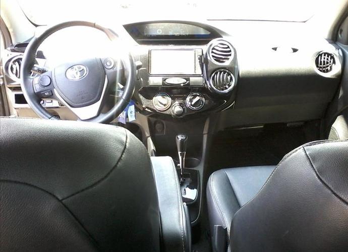 Used model comprar etios 1 5 xls sedan 16v 462 29d9e67714