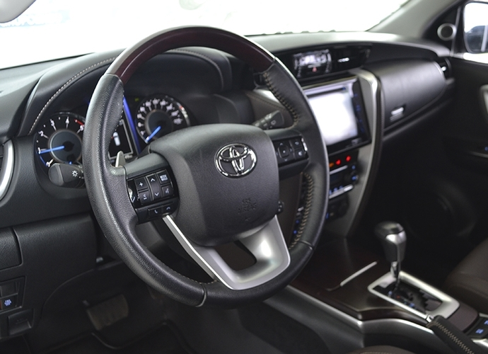 Used model comprar hilux sw4 2 8 srx 4x4 7 lugares 16v turbo intercooler diesel 4p automatico 220 f80d4c6d89