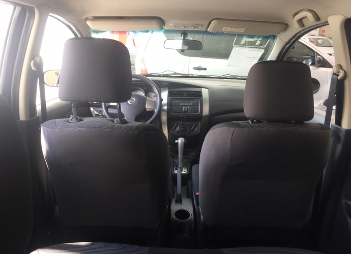 Used model comprar livina 1 8 s 16v flex 4p automatico 364 154171ed53