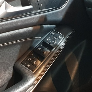 Mercedes Benz A 200 1.6 Turbo Urban 16V Gasolina 4P Automatico