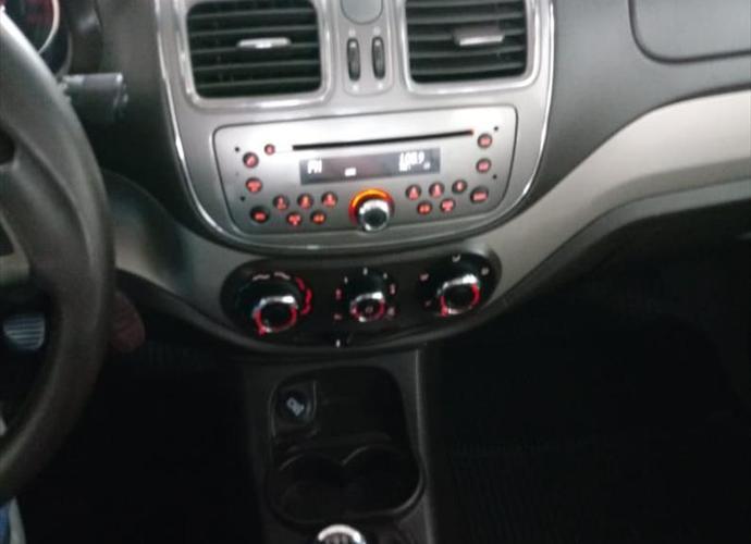 Used model comprar grand siena 1 6 mpi essence 16v 482 93af24c61d