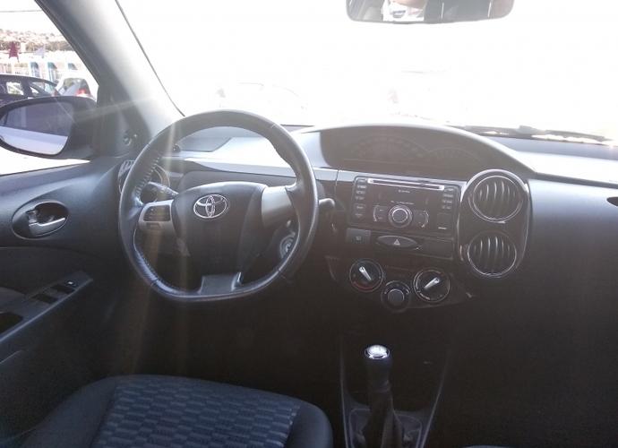 Used model comprar etios sedan xls 1 5 16v flex 570 aa9ff12ec6