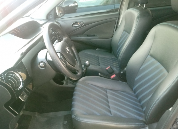 Used model comprar etios 1 5 xs sedan 16v flex 4p manual 560 0324631318