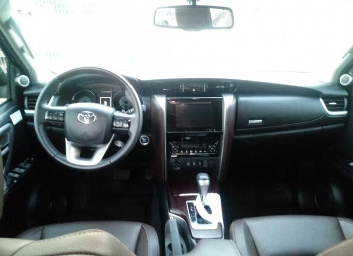 Used model comprar hilux sw4 2 8 srx 4x4 7 lugares 16v turbo intercooler diesel 4p automatico 560 19c8748f94