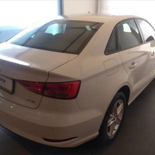 Audi A3 1.4 TFSI Sedan Attraction 16V
