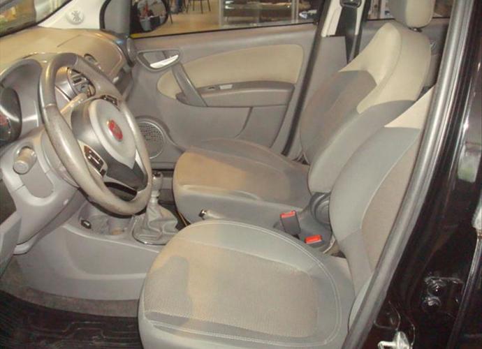 Used model comprar palio 1 6 mpi essence 16v 395 4f4a812dd3