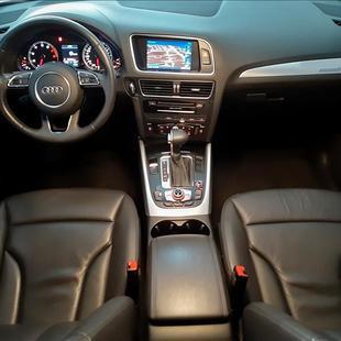 Audi Q5 3.0 TFSI Ambition V6 24V
