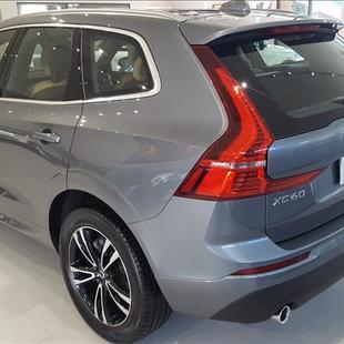 Volvo XC60 2.0 T5 Momentum AWD Geartronic