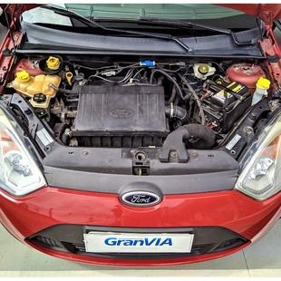 Ford Fiesta Rocam Class 1.0 8V Flex