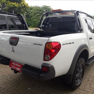 Mitsubishi L200 SAVANA 3.2 4X4 16V Turbo Intercooler