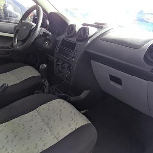 Ford Fiesta Class 1.0 8V Flex