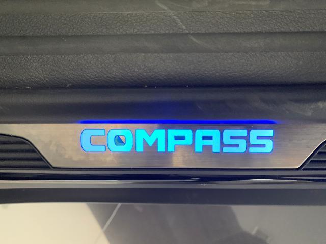 galeria COMPASS LONGITUDE