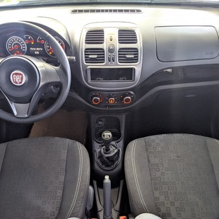 Fiat Palio Attractive 1.0 8V E