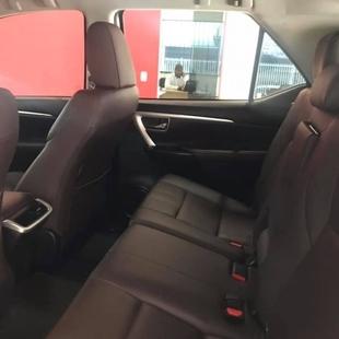 Toyota HILUX SW4 2.7 SRV 7 LUGARES 4X2 16V FLEX 4P AUTOMÁTICO