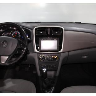 Renault Logan 1.6 Dynamique 8V Flex 4P Manual