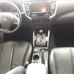 Mitsubishi L200 TRITON 2.4 16V Turbo Sport Hpe-s CD 4X4