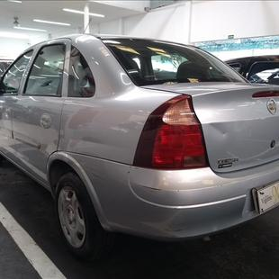 Chevrolet CORSA 1.4 MPFI Premium Sedan 8V