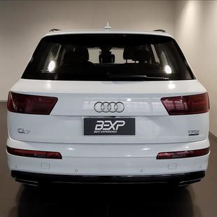 Audi Q7 3.0 TFSI Ambition V6 24V