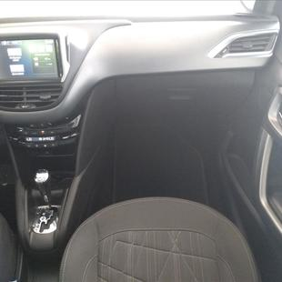 Peugeot 208 1.6 GRIFFE 16V FLEX 4P AUTOMÁTICO