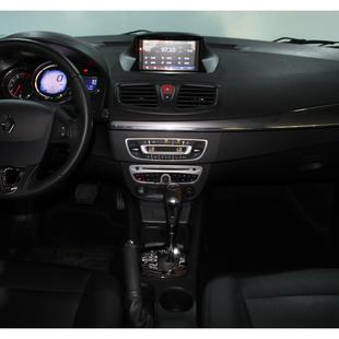 Renault Fluence 2.0 Dynamique 16V Flex 4P Automatico