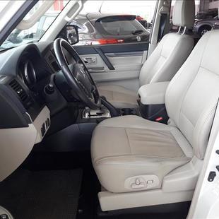 Mitsubishi PAJERO FULL 3.2 HPE 4X4 16V Turbo Intercooler
