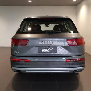 Audi Q7 3.0 TDI V6 24V Performance
