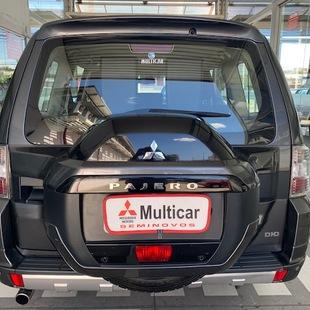 Mitsubishi PAJERO FULL 3.2 HPE 4X4 16V TURBO INTERCOOLER DIESEL 4P AUTOMÁTICO