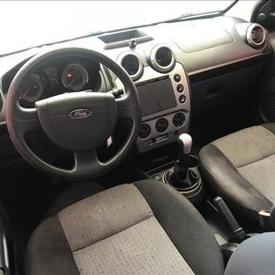 Ford FIESTA 1.6 Rocam Sedan 8V