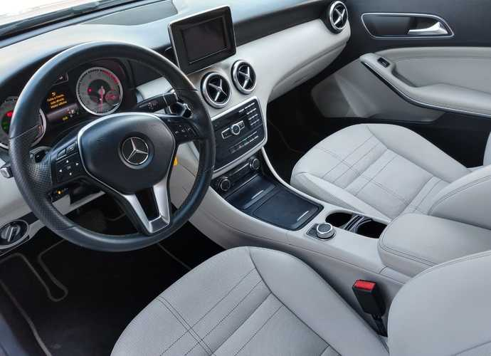 galeria Mercedes-Benz