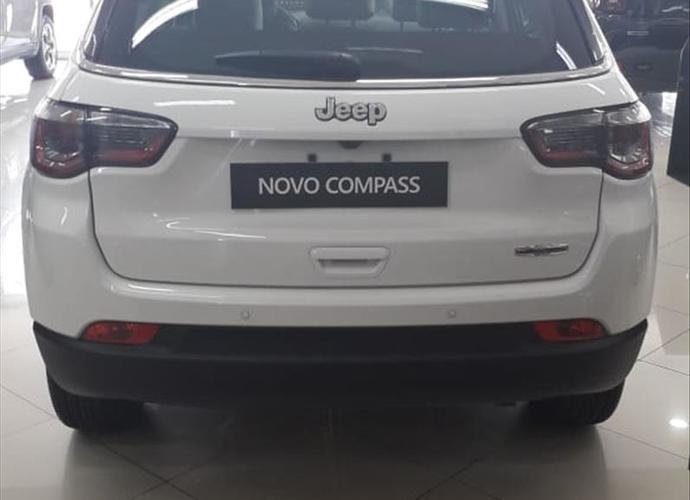 galeria COMPASS