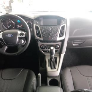 Ford Focus Sedan 2.0 16V/ 2.0 16V Flex 4P