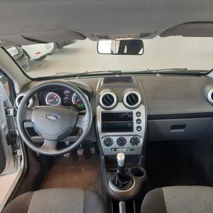 Ford FIESTA 1.0 ROCAM HATCH 8V FLEX 4P MANUAL