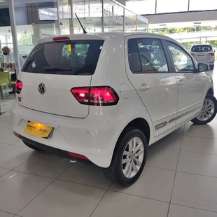 Volkswagen Fox 1.6 Msi Flex Connect 4P M
