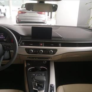 Audi A5 2.0 TFSI Sportback Attraction 16V
