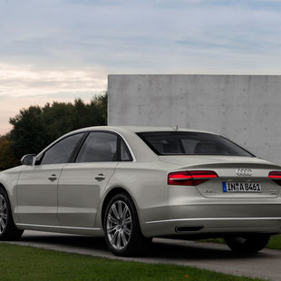 Audi Audi A8 Longo