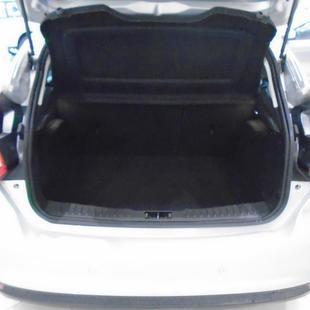 Ford FOCUS 2.0 Titanium Hatch 16V