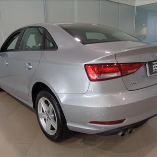 Thumb large comprar a3 1 4 tfsi sedan attraction 16v 350 35cc85db ee8e 485a 9312 9f234f72d617 027164888e