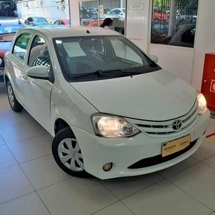 Toyota Etios Hatch 1.3 16V Flex