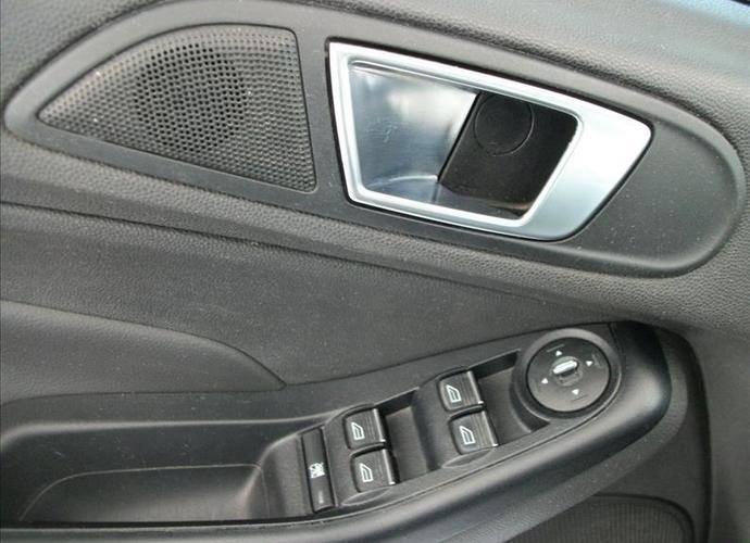 Used model comprar fiesta 1 6 titanium hatch 16v 399 be77b399fe